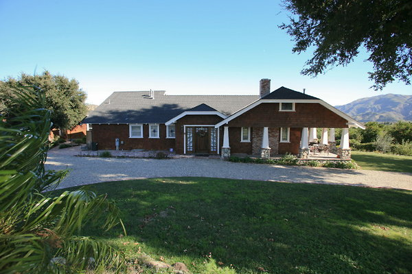 715 Farm House on 65 acre Orchard